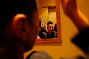 QUITO (12-02-2011).- Susana Reyes, bailarina, core—grafa y maestra de danza, se prepra para una presentaci—n de la Noche Cultural, en la Casa de la Danza, en San Marcos. Alfredo Cardenas.