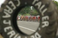 BABAHOYO, Los Rios (06-08-06).- Una vista de la XXVII Vuelta a la República de Ciclismo, en la etapa Santo Domingo-Babahoyo. Alfredo Cárdenas.