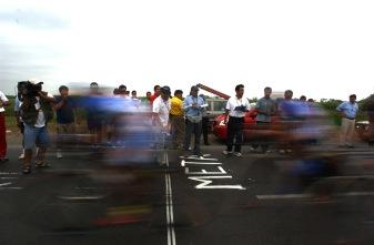 BABAHOYO, Los Rios (08-08-06).- Vista de la meta en la etapa Naranjal-Babahoyo, durante la XXVII Vuelta a la República de Ciclismo. Alfredo Cárdenas.