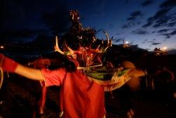 """PILLARO, Tungurahua (06-01-09).- Una vista de uno de los cientos de diablos de la parroquia Tunguipamba, que participan en la tradicional """"Diablada de P'llaro"""", en el Cant—n P'llaro, en la Provincia de Tungurahua. Alfredo Cardenas/ EL UNIVERSO"""