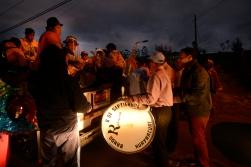 QUITO (02-01-2015).- La Banda de Pueblo 8 de Septiembre termina su faena diaria y se va a la comunidad que la contrató a seguir tocando, durante la tradicional Diablada Pillareña en la cidad de Píllaro, fiesta que empieza el 1 de enero y se extiende hasta el 6 de enero de cada año. Alfredo Cardenas/ EL UNIVERSO